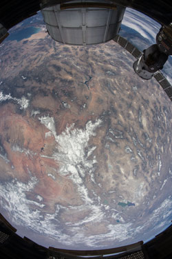Image of the Great Basin region and Grand Canyon as photographed from the ISS